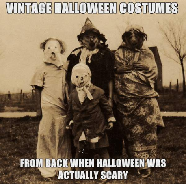Vintage-halloween-costumes-from-back-when-halloween-was-actually scary